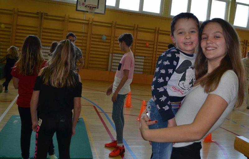 solski-ples-in-igre-2019__06_r